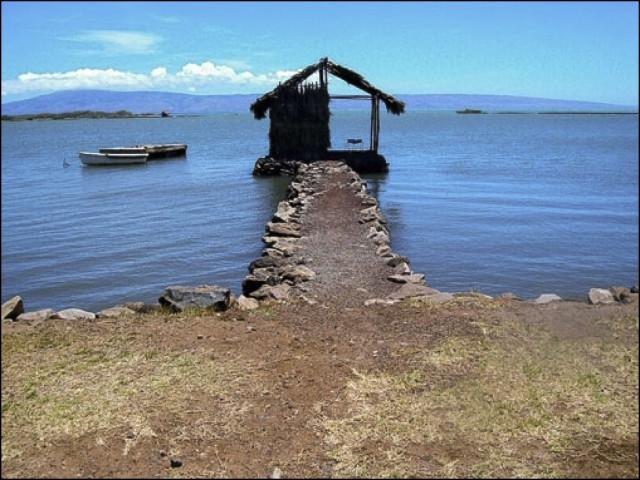 Bridge to Nowhere Molokai