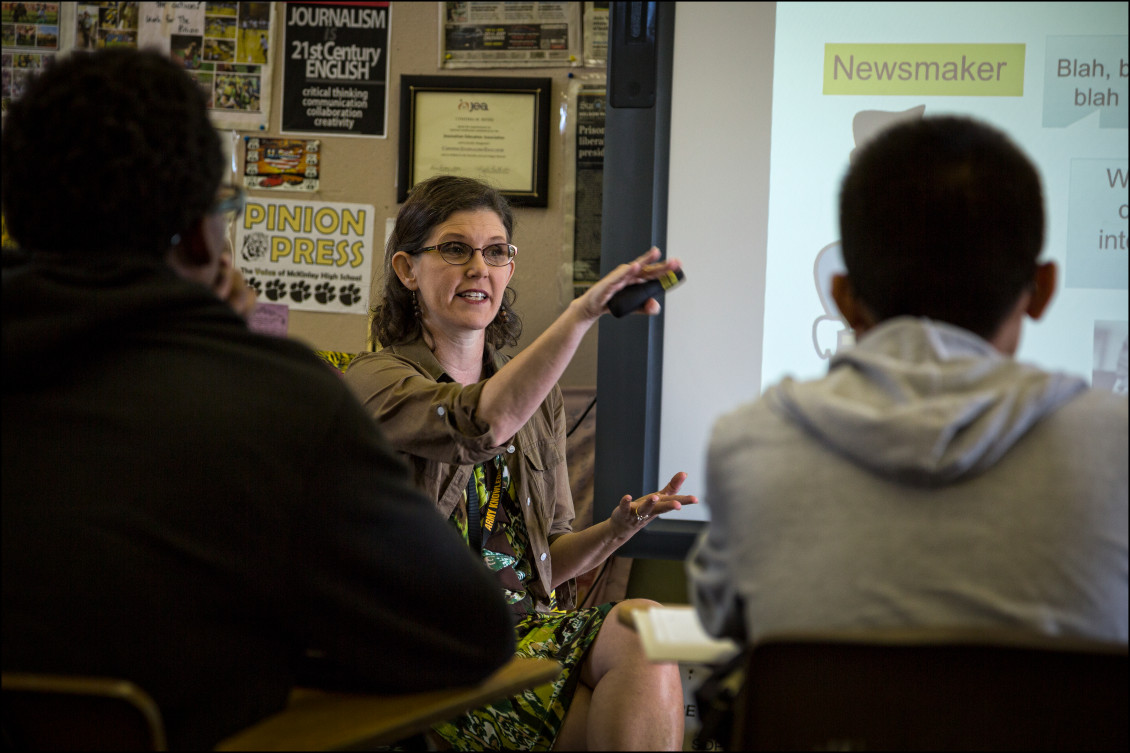 McKinley High School journalism teacher Cindy Reves during class. 4.11.14  ©PF Bentley/Civil Beat