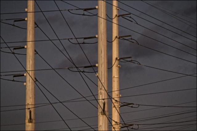 power lines (PF)