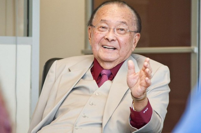 The late U.S. Sen. Daniel Inouye, seen here in 2011, advocated for the commercial fishermen during his career but wasn't involved with the foreign crew exemption.