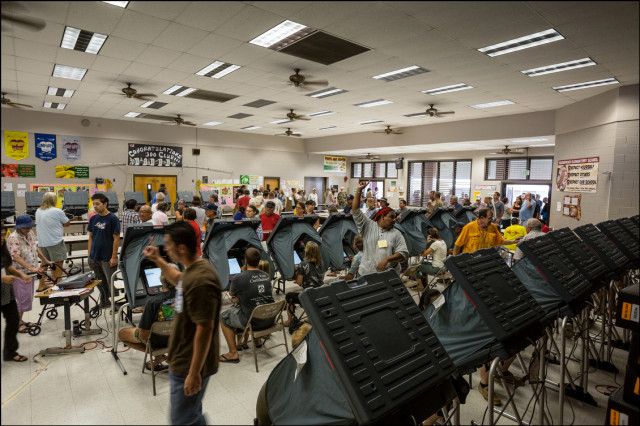 The midday voting crowd at Keonepoko Elementary School on August 15, 2014 in the Puna District of Hawaii Island.