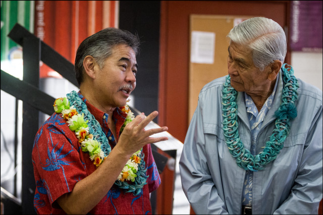 Sen. David Ige with former Hawaii Gov. George Ariyoshi during an Ige campaign event at Mililani High School on March 19, 2014.