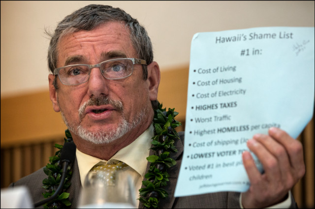 Jeff Davis speaks during of gubernatorial forum at UH West Oahu presented by the West Oahu Economic Development Association on August 26, 2014