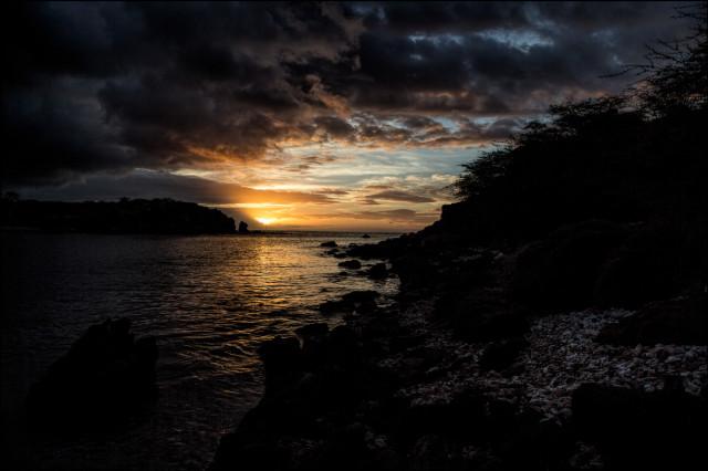 Golden sunset at Honoko'a Bay, Kahoolawe. 9.27.14