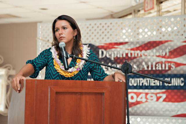 Gabbard at a Kauai Women Veterans Conference