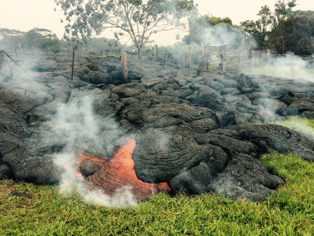Pahoa lava flow Oct 26 2014
