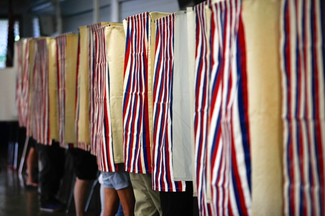 Manoa Elementary School voting.