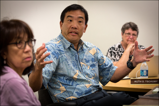 Les Kondo, Executive Director of the Hawaii State Ethics Commission speaks during Commission meeting.  5.21.14 ©PF Bentley/Civil Beat