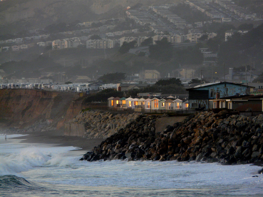 Mobile homes on the coast in Pacifica California