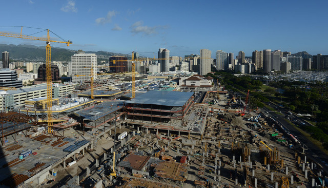 Ala Moana shopping center construction overview.  6 jan 2015. photograph Cory Lum/Civil Beat