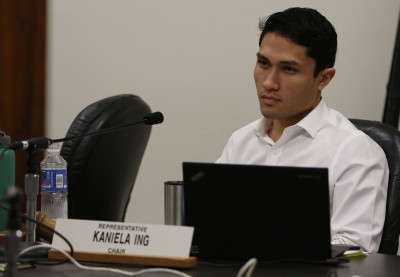 Representative Kaniela Ing in tropical fish testimony.  4000 testifiers.  11 feb 2015. photograph Cory Lum