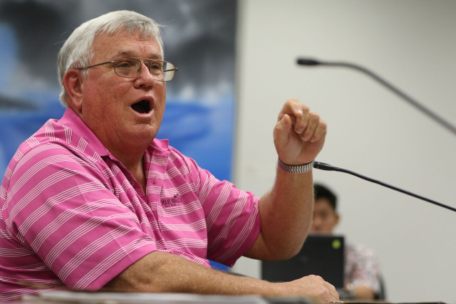 Peter Savio testifies on REIT tax during ways and means committee meetings.  18 feb 2015. photograph Cory Lum/Civil Beat