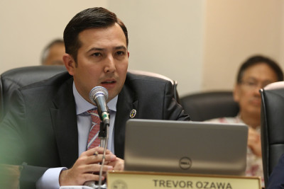 City Councilman Trevor Ozawa listens to testimony on Malaekahana. 5 march 2015. photograph Cory Lum/Civil Beat