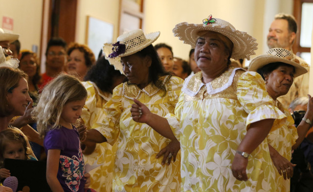 Laledron Dance Group performs at the Celebrate Micronesia event held at the Honolulu Museum of Art School.  28 march 2015. photograph Cory Lum/Civil Beat