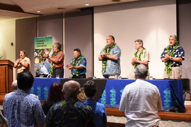 Hawaii Green Growth applause