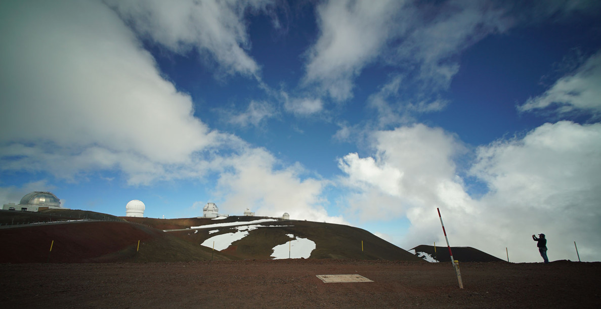 Photographer works near the Keck Observatory on the summit of Mauna Kea.  9 april 2015. photograph Cory Lum/Civil Beat