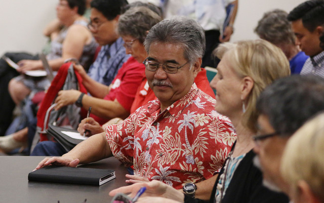 Governor David Ige attendsSenate Ways and Means / House Finance committee meeting at room 309. 24 april 2015. photograph by Cory Lum/Civil Beat