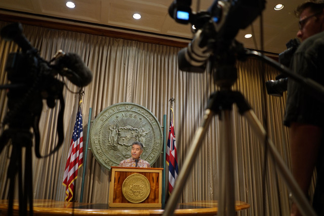 Governor David Ige gives press conference on TMT and shares 10 points about future of Mauna Kea summit. 26 may 2015. photograph Cory Lum/Civil Beat