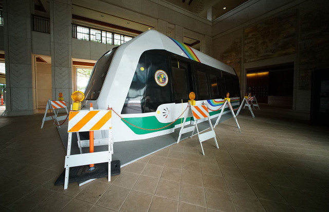 HART rapid transit train on display at Kapolei Hale. 20 may 2015. photograph Cory Lum/Civil Beat