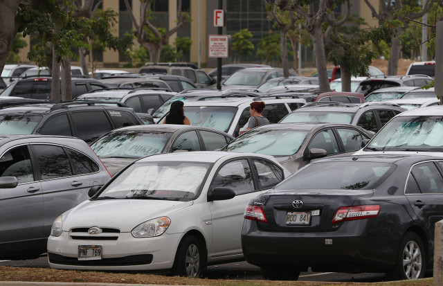 Kakuhihewa staff parking lot packed with cars. Kapolei. 15 may 2015. photograph by Cory Lum/Civil Beat