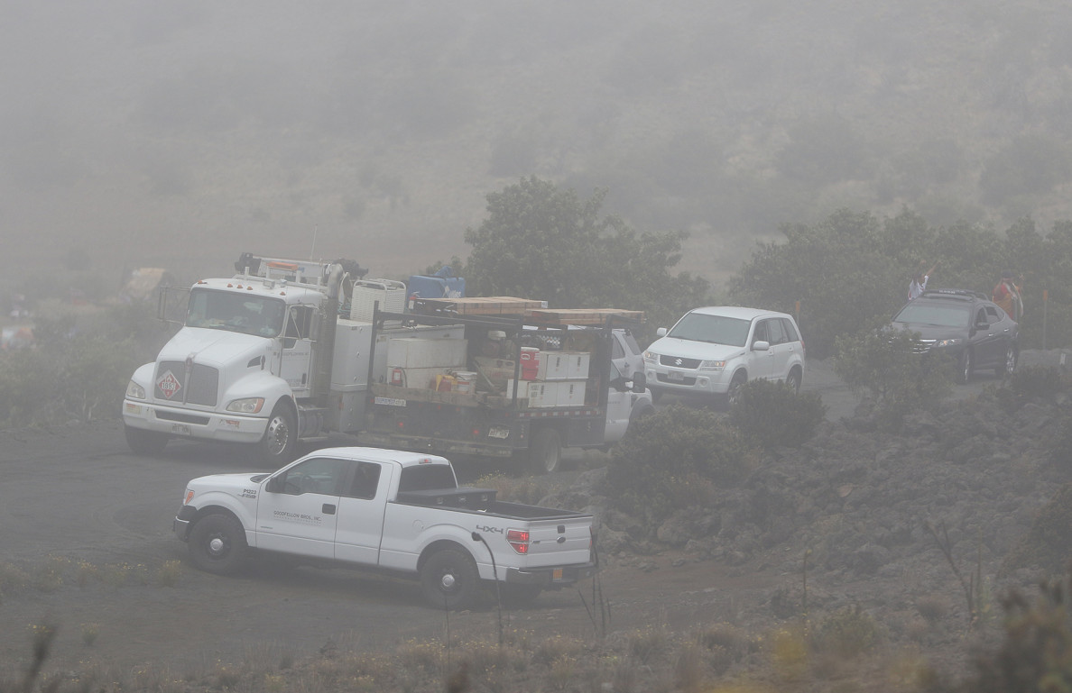 DLNR and TMT support vehicles turn around and head back down the mountain. They did not return Thursday.