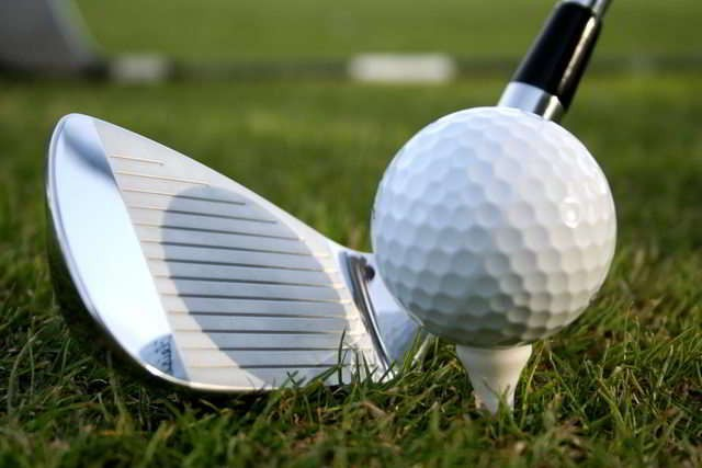 State employees reported receiving more free golf tournament entries despite the Ethics Commission's advice against accepting golf gifts.