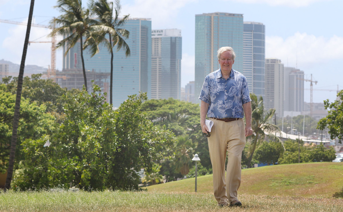 Hawaii Community Development Authority Chair John Whalen strolls thru Kakaako Park. 3 july 2015. photograph by Cory Lum/Civil Beat