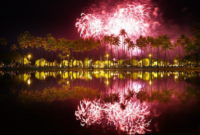 Fireworks. July 4, 2015. photograph Cory Lum/Civil Beat