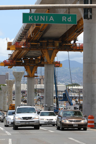 Guideway towers above Farrington Highway near the Kunia Road intersection. RAIL. 21 july 2015. photograph Cory Lum/Civil Beat