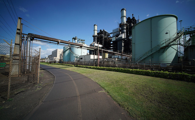 Hawaiian Electric power plant in Pearl City. 22 aug 2015. photograph Cory Lum/Civil Beat