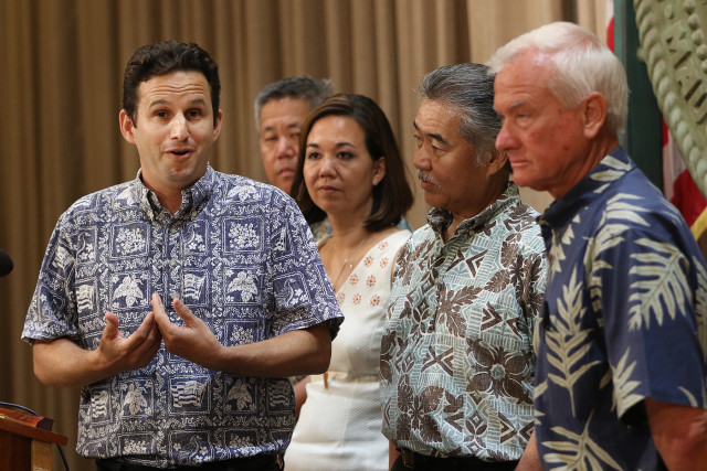 Left, Senator Brian Schatz, Rep Scott Saiki, Senator Jill Tokuda, Governor Ige and right Mayor Kirk Caldwell during homeless press conference announcing Scott Morishige as State Homeless Chair. 10 aug 2015. photograph Cory Lum/Civil Beat