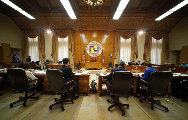 Council members discuss and vote on Bill 44 Sit Lie Ban.  Honolulu Hale. 2 sept 2015. photograph Cory Lum/Civil Beat