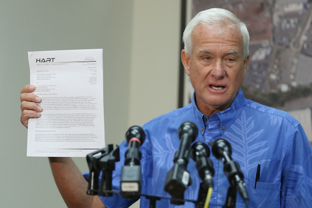 Mayor Kirk Caldwell held a press conference recently to discuss the Sept. 14 letter from HART leaders, saying he wanted to delve deeper into the details.