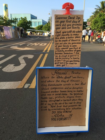 The longtime residents of the Kakaako homeless encampment left some messages for Gov. David Ige before the city resumed the final sweeps Friday.