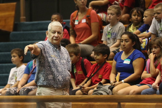 Sen. Sam Slom answers questions from Mokulele Elementary School third-graders during their visit to the Capitol on Oct. 2.