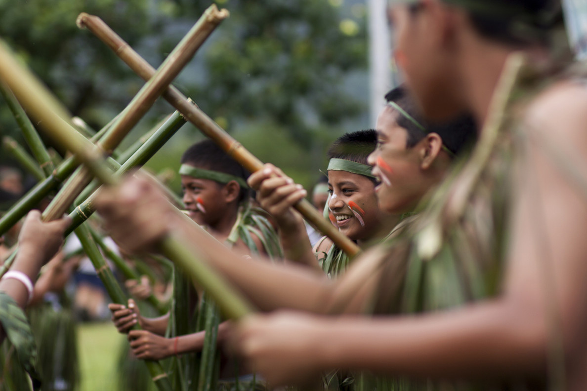 -day2Traditional stick dance is performed at Sansrik Elementary School, Lelu, Kosrae.