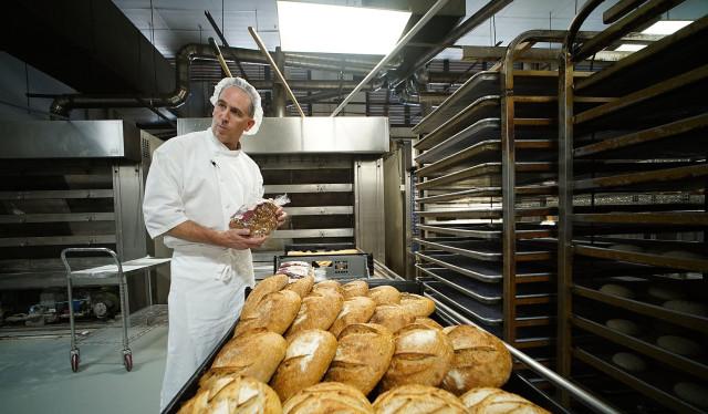 La Tour Bakehouse Pastry Chef Rodney Weddle with organic bread. 4 nov 2015. photograph Cory Lum/Civil Beat