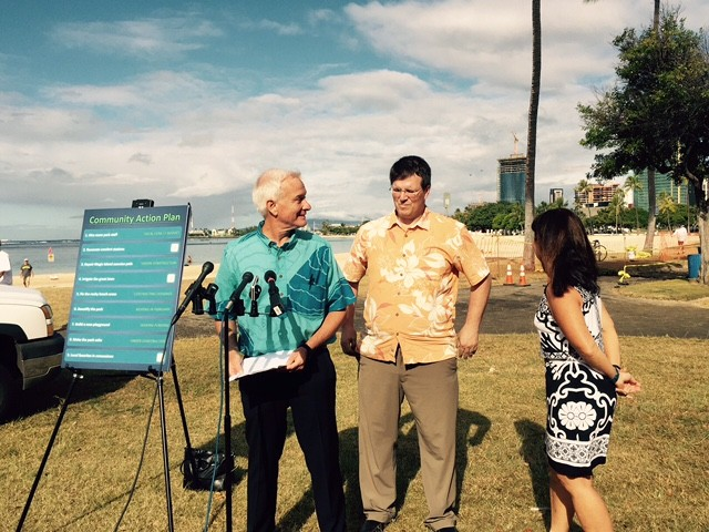 Mayor Kirk Caldwell, left, is joined by Ala Moana Park Project Manager Chris Dacus and Parks and Recreation Director Michele Nekota at the Tuesday press conference.