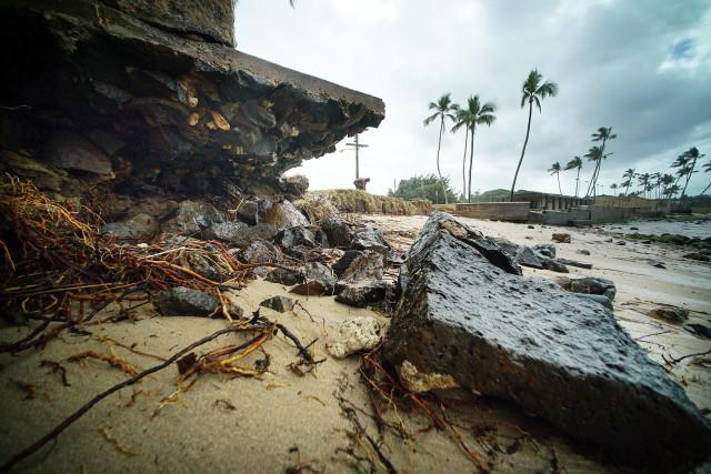 Haleiwa Beach Park waves beach erosion.