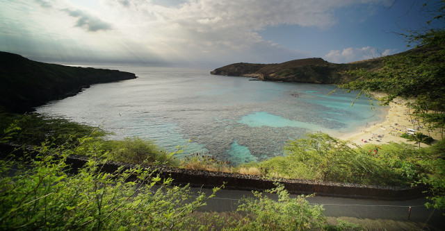 Hanauma Bay Nature Reserve vog sunrise2