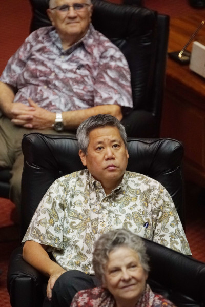 Rep Scott Saiki during session legislature1