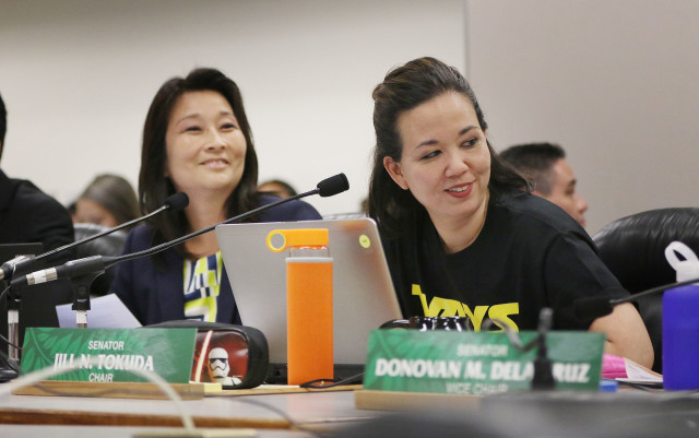 House Finance chair Sylvia Luke and right, Senate Ways and Means committee chair Jill Tokuda. 19 april 2015.