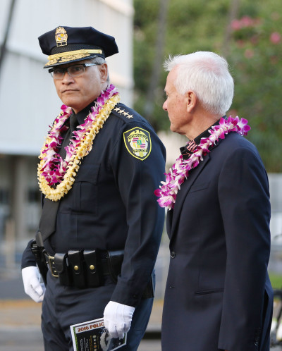 HPD Memorial Walk Chief Kealoha Mayor Caldwell. 16 may 2016.