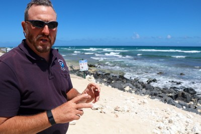 David Schofield of NOAA discusses monk seals on the North Shore.