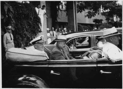 Fleet Adm. Chester Nimitz with Hawaii Territorial Gov. Ingrid Stainback and Honolulu Mayor Lester Petrie in Honolulu, HI, on Navy Day, Oct. 27, 1945.