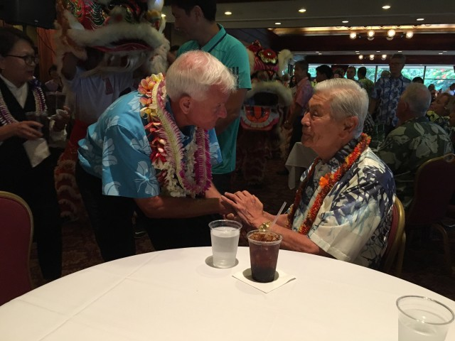 Mayor Caldwell and former governor George Ariyoshi at the Honolulu Country Club Saturday.