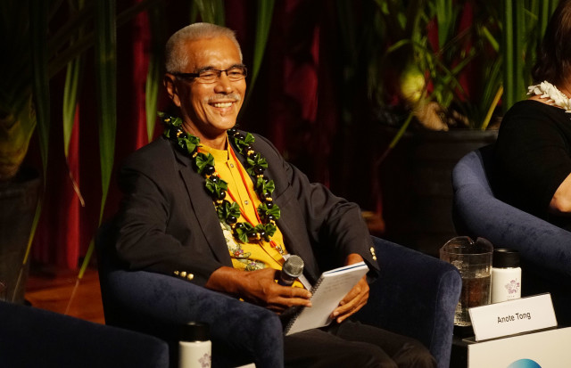 IUCN Past President Kiribas Anole Tong. 4 sept 2016