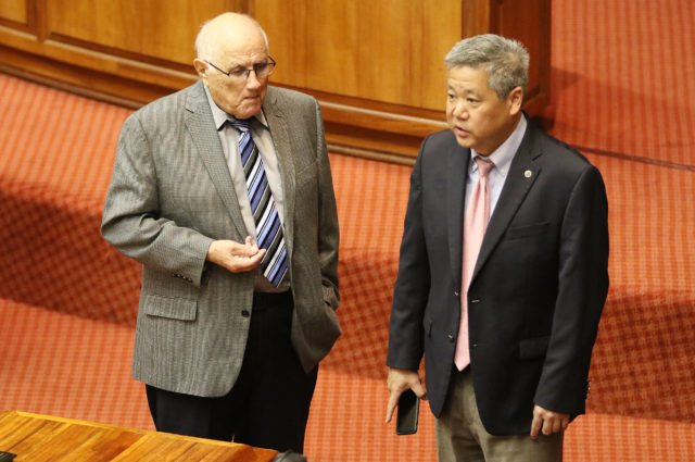 Speaker Souki Rep Scott Saiki chat before session is gaveled in. 9 march 2017