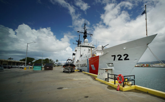 US Coast Guard USCGC Morgenthau for decomission Sand Island. 14 april 2017