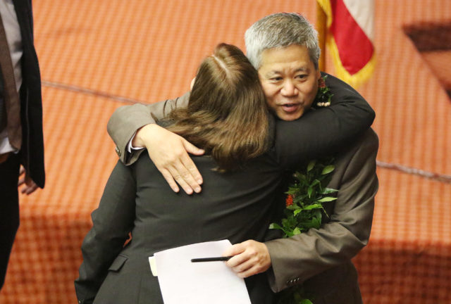 Speaker Scott Saiki is congratulated after House adjourned2. 4 may 2017
